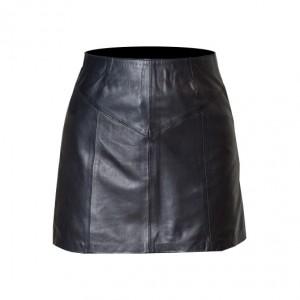 mujer-falda-con-cierre-frente-grande